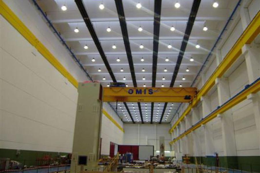 Illuminazione Industriale A Led: Prefabbricato industriale ...